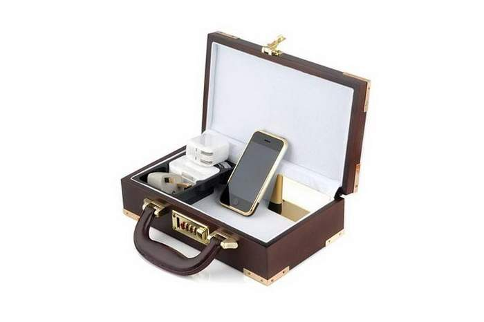 MJ Super Style Royak Kit - Apple iPhone Gold 2G in Wooden Box